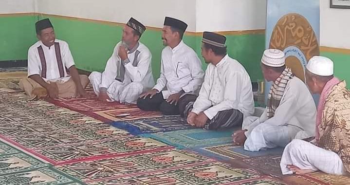 Komitmen Walikota HML Bantu Masjid Al Abraar Oi Fo'o